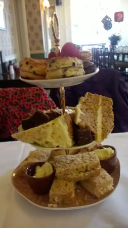 The Royal Ship Restaurant: the afternoon tea
