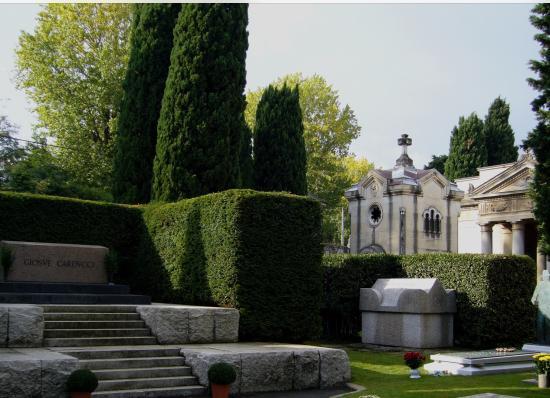 博洛尼亚纪念碑
