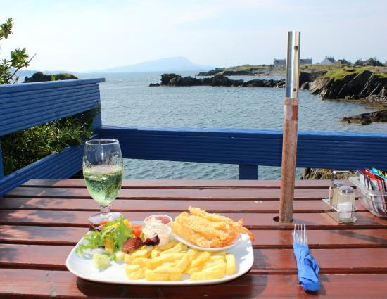 The Oyster Bar & Restaurant: Meal with a view...