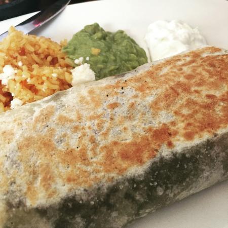 Los Arroyos Mexican Restaurant: Garden buritto