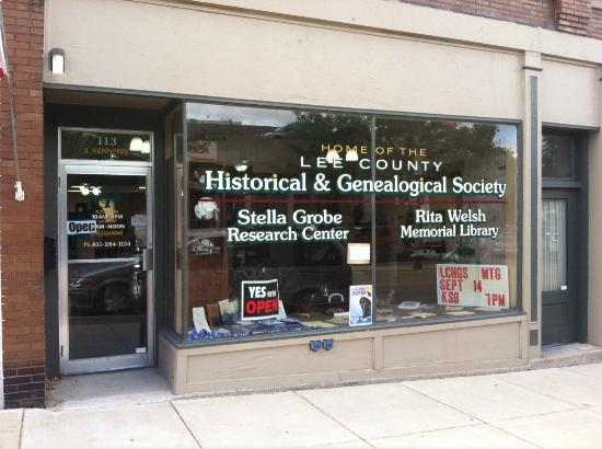 Dixon, IL: Lee County Historical and Genealogical Society