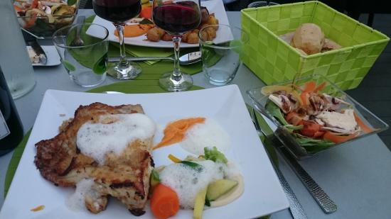 Mms img342679129 bild fr n le verre y table - Restaurant viroflay le verre y table ...