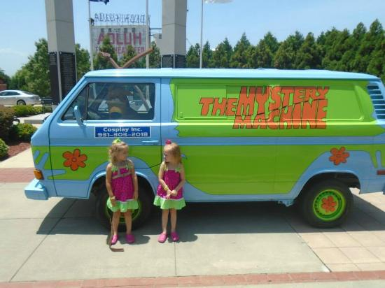 The Scooby Doo Mystery Machine Parked in front of the Center ... on scooby doo ruh-roh, scooby doo the mystery car, scooby doo adventures,
