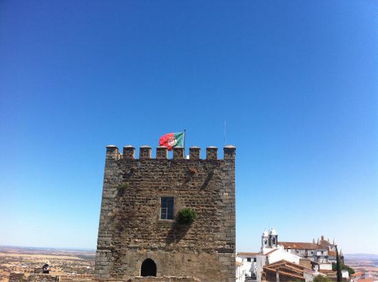 Monsaraz Castle and Walls: Monsaraz Muralhas e Castelo
