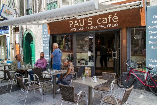 Pau's Cafe