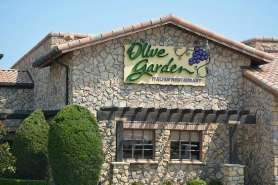 Olive Garden Part Of Nothwest Corner Picture Of Olive Garden Sherman Tripadvisor