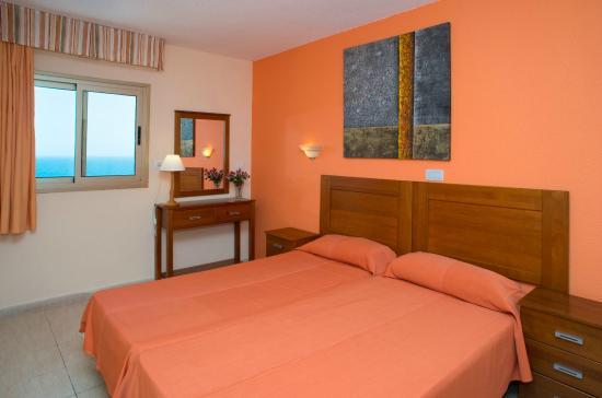 Apartamentos caribe updated 2017 hotel reviews price for Apartamento caribe tenerife