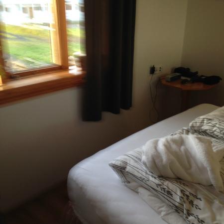 Storulaugar Guest House : Bedroom