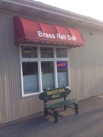 Brass Rail Deli: Outside