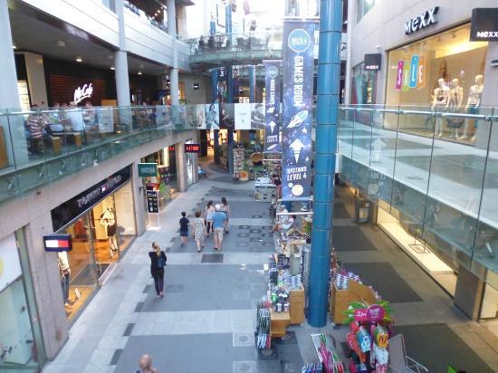 Bay city centre mall