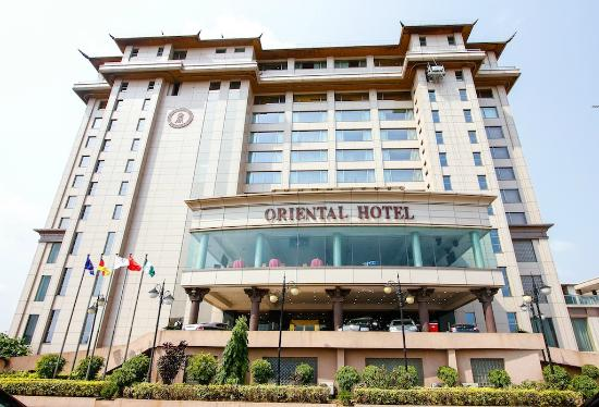 Lagos Oriental Hotel: Main Entrance