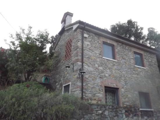 B&B IL Monticello: ;;fachada em pedra, típica na região