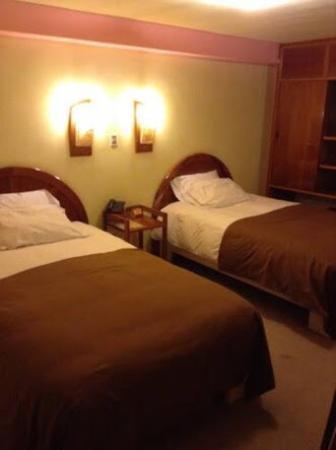 Royal Inn Hotel: photo2.jpg