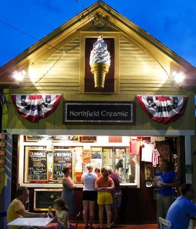 The Northfield Creamie at Night