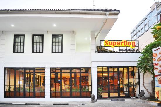 Superdog Cirebon