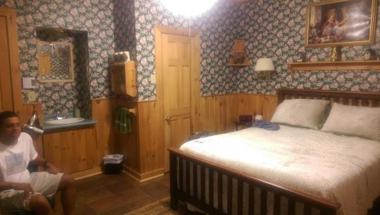 Earle of Leinster: Shamrock room