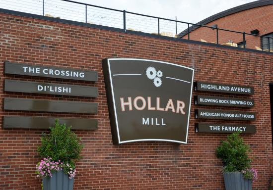The Crossing at Hollar Mill