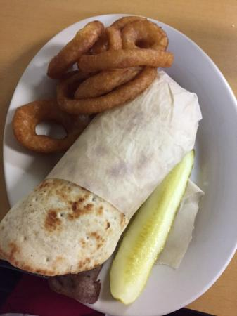 Mead, OK: Gyro Sandwich with Onion Rings