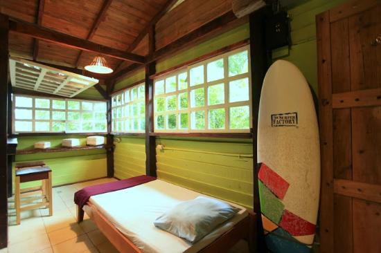 Zopilote Surfcamp: bungalow
