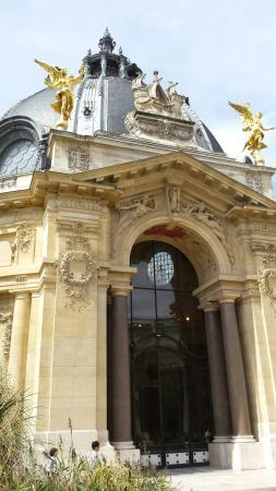 Sarx 121 member photos tripadvisor for Cafe le jardin du petit palais