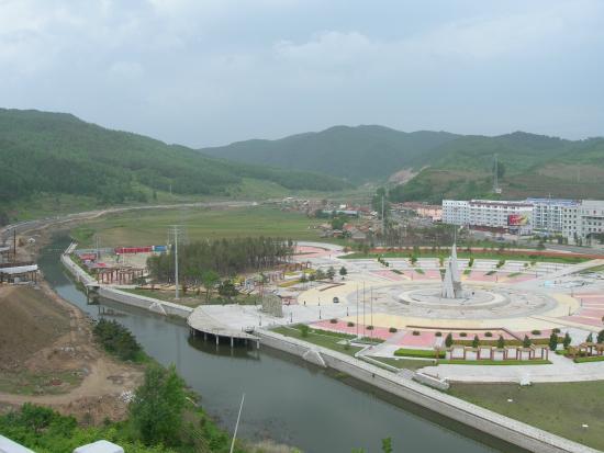 Antu County, จีน: 안도현 명월진