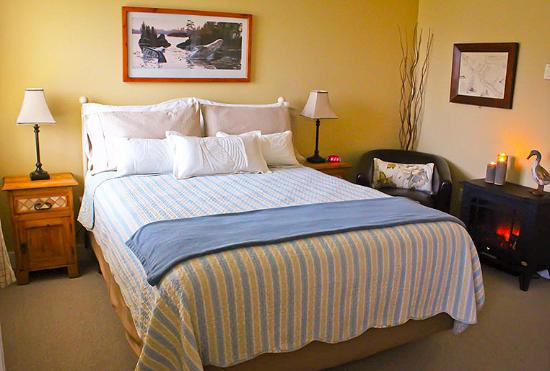 Wild Pacific Bed and Breakfast: Driftwood Suite