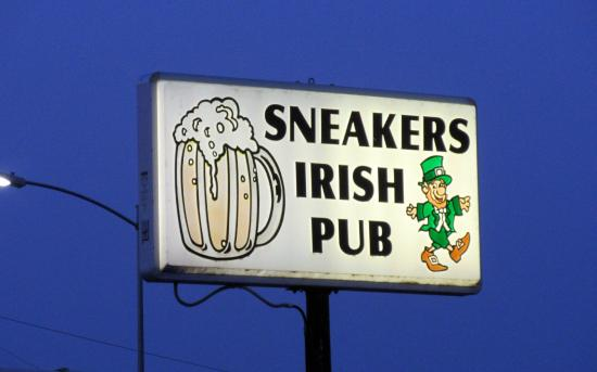 Sneakers Irish Pub, Pasco, Washington