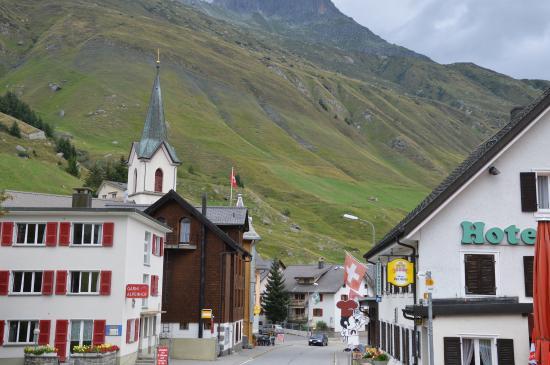 Photo of Hotel des Alpes Realp