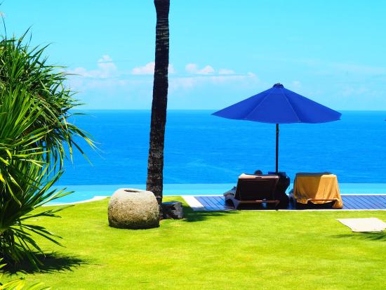 outdoor supercool shower picture of the ungasan clifftop resort rh tripadvisor com