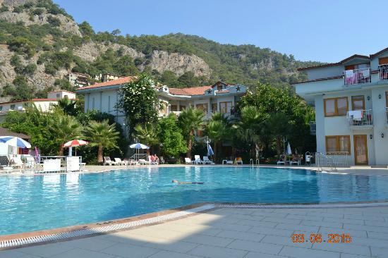 Dorian Hotel: Один из бассейнов