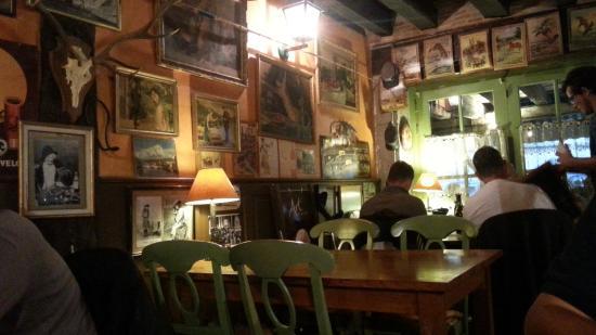 Restaurant Llobet: View of the interior
