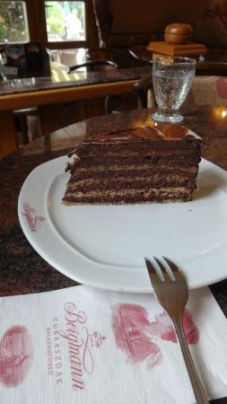 Bergmann Cukraszda  - Balatonfured, Zsigmond utca: lekkere taarten Bergmann