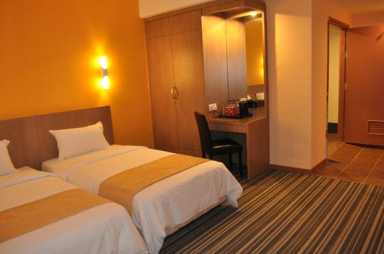 Grand Sentosa Hotel: Disable Room