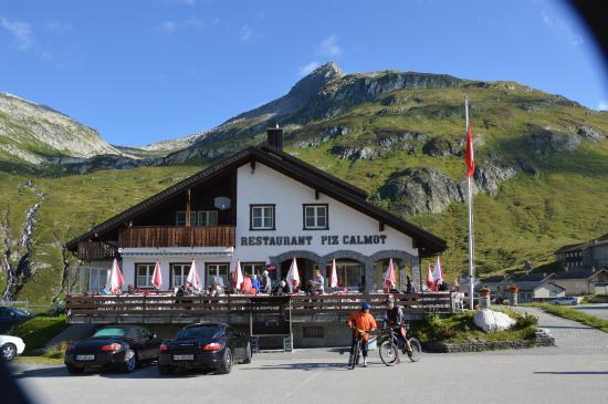 Gasthaus Piz Calmot