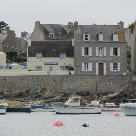 Ile Molene, Frankrike: Vue depuis le port