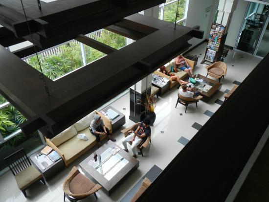Nora Chaweng Hotel: hotel lobby
