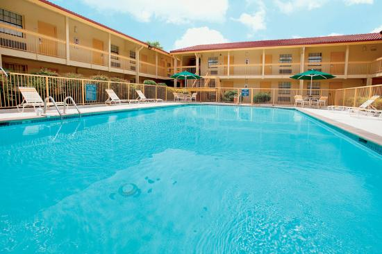 The 10 Closest Hotels to Alabama A&M University, Huntsville