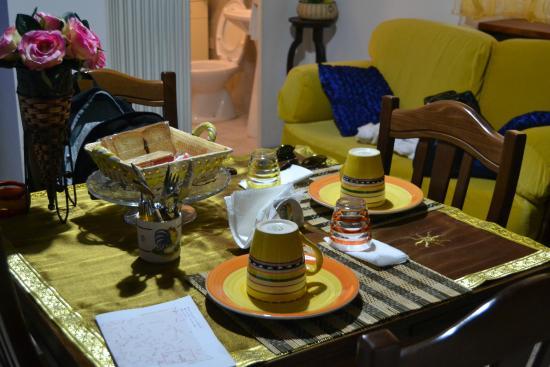 Angolo Cottura Piccolo : Piccolo soggiorno con angolo cottura del trullo foto di trulli