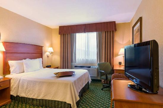 Hampton Inn Portland Clackamas: 1 Queen Bed - Accessible Guest Room
