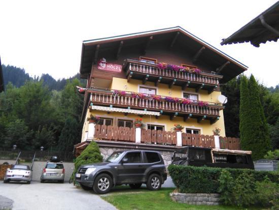 Gaestehaus Hoelzl