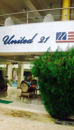 United 21 Emerald