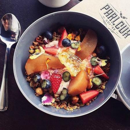 Parlour: hazelnut granola
