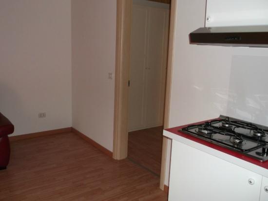 Cucina con angolo cottura - Foto di Agriturismo Sentiero delle Fiabe ...