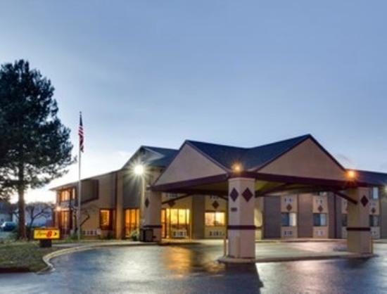Photo of Denver Stapleton Hotel