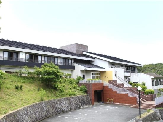 Kashikojima Pearl House
