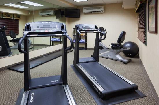 Saint Cloud, MN : CountryInn&Suites StCloudEast FitnessRoom
