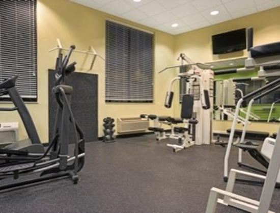 Days Inn Eagan Minnesota Near Mall of America : Workout Room