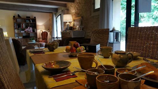 Flaux, France: Breakfast