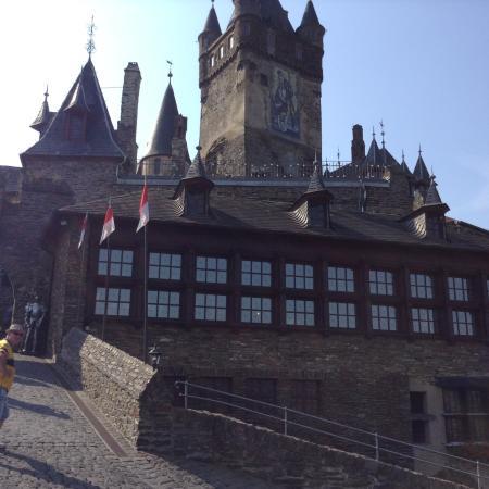 Hotel Noss : Slottet samlinger noen min fra hotellet