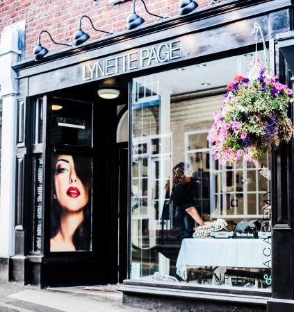 Lynette Page Makeup Bar